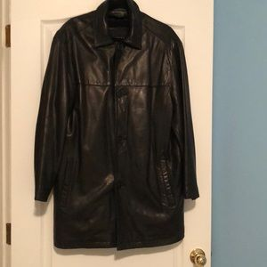Black men's Andrew Marc leather jacket
